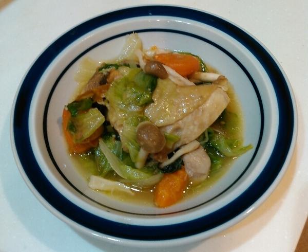 鶏肉と野菜の塩麹煮
